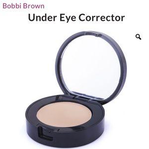 Undereye Corrector